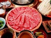 上質な和牛しゃぶしゃぶのコース。刺身でも食べれるお肉です