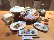 <今秋~メニュー:紀州クエ鍋会席>〆は和歌山産コシヒカリと地玉子の雑炊でお召し上がりください。