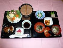 *お肉やお魚はもちろん、卵やかつおのダシも使わない本格的な精進料理。