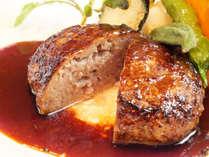 洋食屋のハンバーグ デミグラスソース マッシュポテト添え ※写真はイメージです。