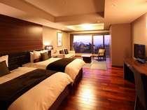 琉球畳を一部用いた和モダンなデラックスルーム42.75㎡(2~4名)和洋折衷で開放的なお部屋でゆったり☆