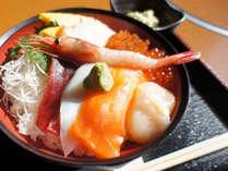 札幌中央卸売市場 場外市場「北の漁場」海鮮丼