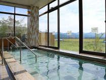 *まほろば温泉/内湯(男湯)豊かな自然の風景を眺めながらの入浴で疲れも吹っ飛びます!