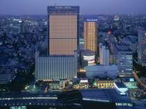♪泊まるだけじゃない、品川駅前の「エンタテインメントホテル」