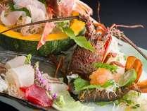 【ご夕食お部屋出し】◆料理長自慢の匠の膳◆ご夕食内容を吟味した 最上級コース!