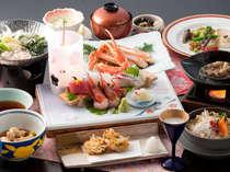 【月替り会席】旬の食材をたっぷり使用した、料理長こだわりの会席膳です!一度ご賞味下さいませ。