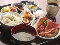 ◇バリスタ自慢のエスプレッソなど本格Cafeを満喫◇和洋バイキング朝食付き◇朝からお腹いっぱい