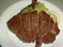 地元産の知多牛のステーキ