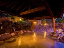 ◆湯量&熱量豊富な瀬波温泉◆コンコンと湧き出る源泉の温度は、これまた国内有数の摂氏94度を誇ります。