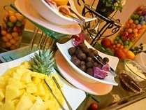 <朝食バイキング>朝はフルーツとヨーグルトをご用意