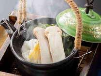 秋季アップグレード創作和食【松茸土瓶蒸し】