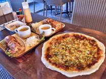 ピザセットのご夕食(2名様例)