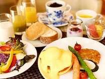 プレート朝食