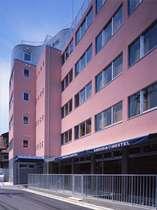2006年に新築で完成した都内最大のホステル