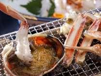 蟹刺しと焼き蟹の競演♪ 蟹みそといっしょになんて、めちゃ贅沢!