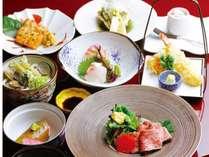 信州四季の味覚を存分に。目にも鮮やかな料理の数々を存分にご堪能ください。(お食事一例)