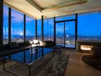 *6階ペントハウス/最上階のリビングからはパノラマの風景をお楽しみいただけます。