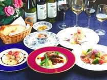 《夕食》プレミアムコース、グレードアップのディナーにシニアソムリエ厳選グラスワイン4種セットつき。