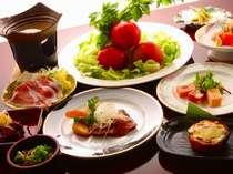 地元産、まるごと野菜バイキングが好評の人気和食会席料理
