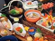 料理長『下湯瀬』の創る月替わり会席料理。旬の食材をふんだんに使い、ちょっとした演出がニクイ。