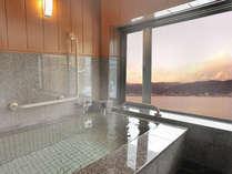 諏訪湖を眺むかけ流しの貸切風呂『りんごの湯』と『あんずの湯』
