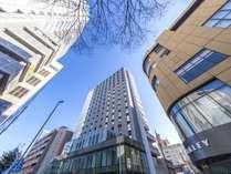 矢場町駅より徒歩約5分。ビジネスに観光にも便利な名古屋の中心に位置する「ホテルフォルツァ名古屋栄」