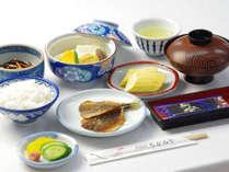*朝食 和定食をご用意。自家製干物など、朝食にもこだわりを持って…。