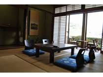 景観抜群!海側・和室8畳 【因島】 (お部屋の様子)