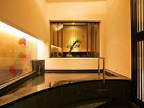 ■壺の湯 新神戸駅前で天然温泉♪定員3名前後。狭目です。ご了承ください。
