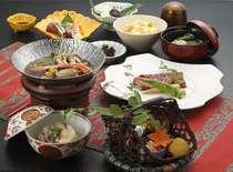 ■ランチ・宴会・慶事など様々なコース料理をご用意しております【予約専用ダイヤル】0120-470-135