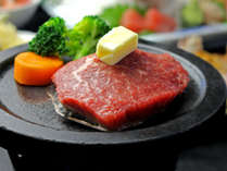 スタンダードに和牛ステーキを追加した【グレードUPプラン】(お料理一例)