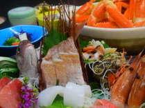 刺身の盛合せ&カニ鍋プランの一例