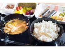 【安城駅前】無料!有機JAS認定野菜使用のサラダ・有機納豆など健康に配慮したメニュー。