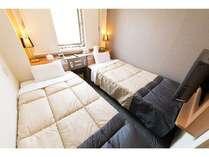 【安城駅前】エコノミーツインは90cmベッドが2台です☆