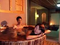 【露天付指定】取材の多い白浜の九絵【特選クエ会席】■お部屋食■天然温泉を贅沢にかけ流す露天風呂付き