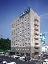 JR亀山駅より徒歩7分♪徒歩5分圏内に飲食店・スーパー・コンビニ・銀行と大変便利♪
