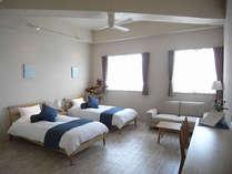 客室一例「プレミアムツインルーム」26�u/定員3名