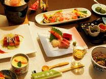 『悠々膳』お気軽に温泉旅情を楽しめる、期間限定の特別プライスプランでのお料理です。