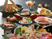 お料理重視一例♪名物料理の海鮮石焼は、アツアツの石の上で酒盗の香ばしいさと海が香る一品