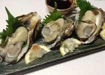 天然の氷見岩牡蠣(初夏から盆前)実が大きく肉厚で味は濃厚ミルキー♪単品でご用意可(要予約)
