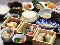 和食と洋食の二種類より、チェックイン時にお選び頂けます。