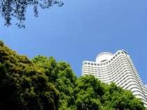【ガーデンタワー】高層からのドラマチックな景観を心ゆくまで満喫できる。地上40階144メートルのタワー