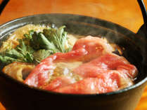 【彩華】~選べるメイン山形牛のすき焼き風鍋~冬はやっぱりすき焼き風鍋♪お鍋の匂いが食欲をそそります★