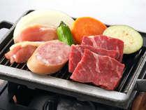 ≪夕食バイキング≫牛肉やソーセージなどを、熱々でどうぞ!「鉄板焼き」