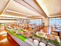 ≪夕食≫全50品以上の和洋中バイキングをお楽しみください。