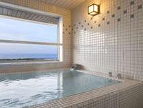 【大正ロマン 客室展望風呂】函館の海や街並みを眺める絶好のロケーションです(眺望指定不可)