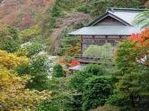 ★行くぜ、東北。JR東日本の舞台となった御殿。日本文化の美しさに心うたれる。一部客室からの眺め。