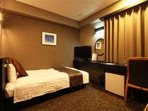 ☆シングルルーム☆■広さ15平米■110cm幅ベッド1台♪スペース広々^^