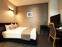 ☆ダブルルーム☆■広さ19平米■140cm幅ベッド1台♪大きなベッドで広々^^
