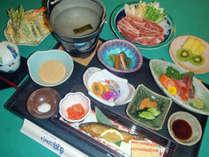 *【夕食一例】地元の旬の味覚をお楽しみください!